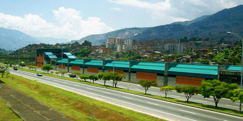 Catálogos y ofertas de tiendas en Acevedo